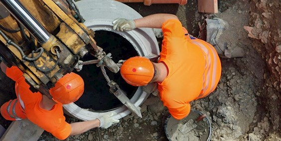 Fachkraft für Rohr-, Kanal- und Industrieservice