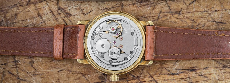 Uhrmacher  Uhrmacher Ausbildung: Berufsbild & freie Stellen | AZUBIYO