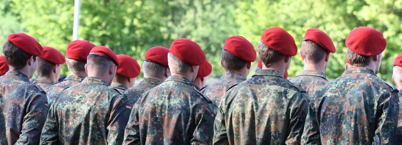 Ausbildung Bundeswehr Militärische Und Zivile Laufbahnen Azubiyo