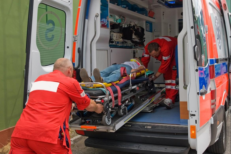 Rettungssanitäter – Ausbildung im Rettungsdienst | AZUBIYO | {Rettungssanitäter ausbildung 12}